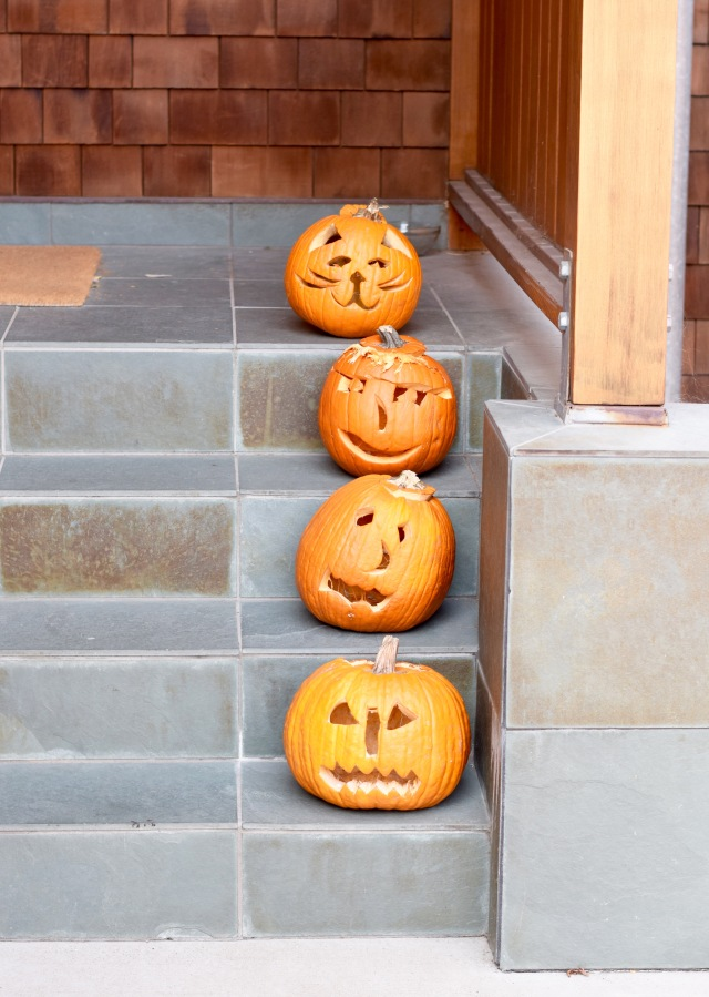 Pumpkins Up the Stairs | Land of Laurel