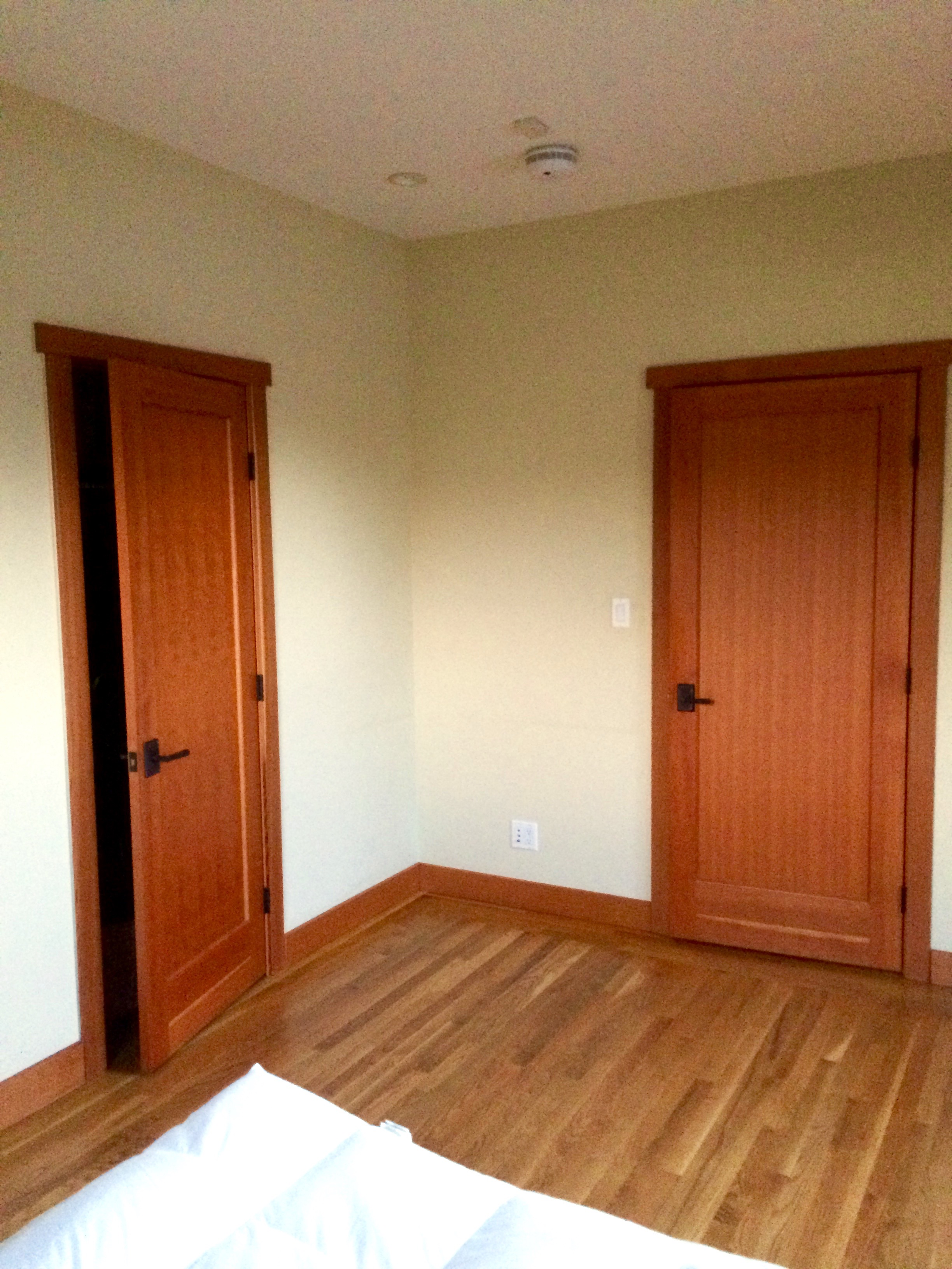 Bedroom at Move In   Land of Laurel
