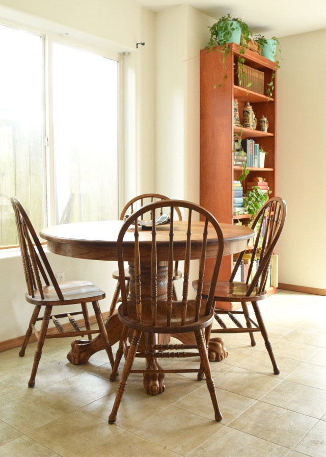 Dining Room | Land of Laurel