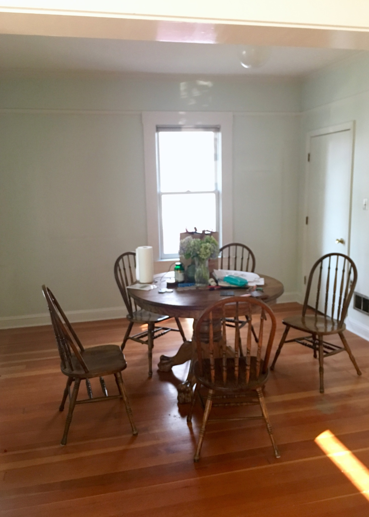 Dining Room Before | Land of Laurel