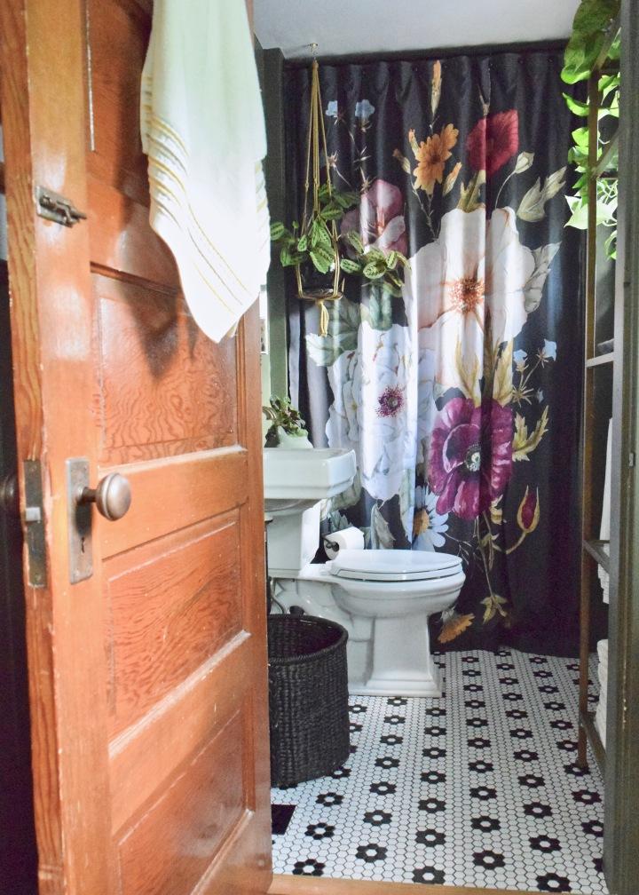 Finally, Finally, Finally the Main BathroomReveal!